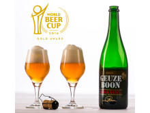 Boon Geuze Black Label Second Edition - Bottle & Glasses