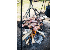 I weekenden vil Trelleborg være indhyllet i duften af mad fra bål.