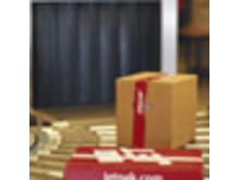 Jetpakpakke på transportbånd