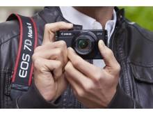 PowerShot G7X MkII_Lifestyle_1_Extra_Cropped