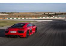 R8 Dynamite Red rear right side