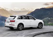 Audi Q7 ultra 3.0 TDI quattro Tofana White