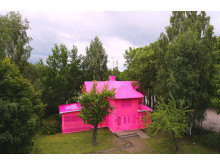 Our pink house, FOTO: (copyright) OLEK