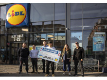Lasse fra København N modtog gavekortet på 100.000 kr. sammen med sin kæreste og bedste ven.