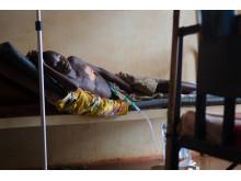 En 15-årig pojke behandlas på sjukhuset i Bangassou, Centralfafrikanska republiken, innan Läkare Utan Gränser tvingades stänga projektet i november 2017.