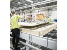 Derome Husproduktions helt nya anläggning i Värö är en av Sveriges modernaste anläggningar för tillverkning av volymelement.