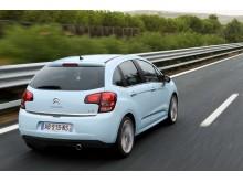 Nya Citroën C3 snett bakifrån höger babyblue