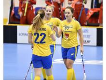 Sveriges U19-damer  spelar VM-final mot Finland natten till måndag.