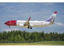 Norwegian aircraft landing