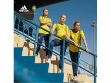 Landslagets nya matchtröja på Stadium – hyllor kvinnor som skapar historia