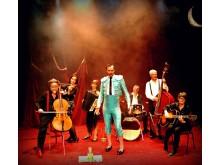 Lindy Larsson och orkestern