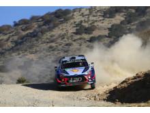 Hyundai Motorsport på pallen i Rally México.