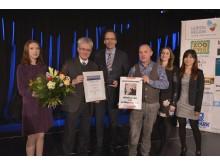 Prof. Dr. Peter Wollny (2.v.l.) nimmt als Direktor des Bach-Archivs Leipzig den Tourismuspreis 2017 entgegen. Michael Berninger (3.v.r.) von der Culturträger GmbH präsentiert die gesponserte Werbeleistung.