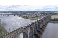 Azuma on Royal Border Bridge, Berwick
