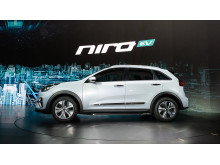 kia_pressrelease_2018_PRESS_1920x1080_niroev_4