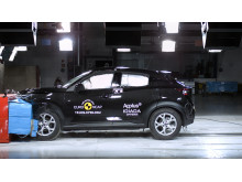 Nissan Juke frontal offset impact test Dec 2019
