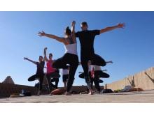 Yoga in der Wüste mit NOSADE