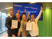 Från vänster: Jan Vikström, ägare och grundare Lärande Sverige, Monica Almgren, konceptutvecklare Lärande i Sverige, Tina Hedman, hotelldirektör Quality Hotel Globe och Ann Mårder, VP People & Culture Nordic Choice Hotels tog emot priset.