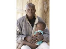 Yaya Dembelè och hans son Ousmane, Niala, Mali.