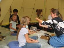 """Der bliver en masse at opleve og prøve på """"Åben Boplads"""" på Vedbækfundene den 1. september."""