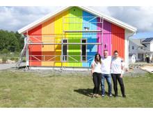 Jennifer Johansson, marknadschef Älvsbyhus, Christian Gerdes Pride & Viktoria Hejeryd Pride
