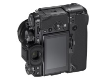 FUJIFILM X-T2 with XF18-55mm F2.8-4 Vertical Power Booster Grip VPB-XT2