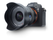 Zeiss Batis 18mm F/2,8,  på kamera