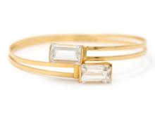 Julklappsauktion 21/12, Nr: 533, ENGELBERT, armring, 18K guld, 2 bergkristaller, Stigbert