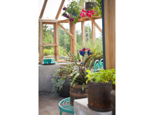 Takfotshylla för hängande växter