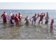Julemænd bader