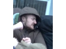 Image of man police wish to identify ref: 22119