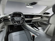 Audi e-tron GT concept (kinetic dust) interiør