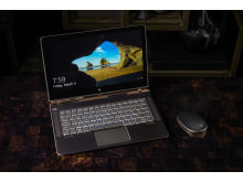 HP Spectre notebook with HP Bluetooth Mouse Z5000
