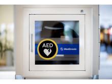 Hjärtstartare i Danderyds sjukhus entré