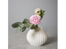 Relieff vase fra Porsgrunds Porselænsfabrik