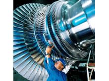 No. 7. Turbine à vapeur