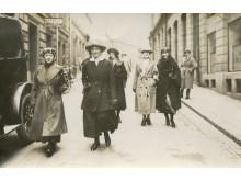 Kvinnor röstar 1921