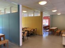 Ny färg och nya kulörer i matsalen hos Stiftelsen Malmö Sommargårdar