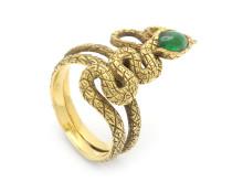 Klassiska 31/8, Nr: 119, RING, 18K guld, cabochonslipad smaragd