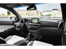 New Hyundai Tucson Interior (2)