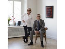 Bukowskis nya representant i Skåne, Karin Laserow, tillsammans med chefsspecialist Andreas Rydén