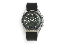 "Omega: Model Speedmaster ""Ultraman"". Estimate: DKK 80,000."