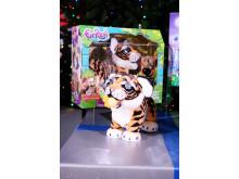DreamToys Top 12 Toys - Furreal Roarin' Tyler