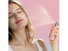 Pro-Collagen Rose-Hydro Mist_spraying