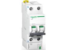PowerTag, verdens minste, trådløse energimåler montert på sikringen.