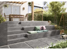 VB_Outdoor_MY_EARTH_OUTDOOR_SITZTREPPE_0217_RET022020