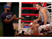 Wladimir_Klitschko_Johnathan_Banks_Credit_Michael_Sterling_Eaton