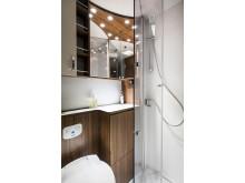 Polar badrum med integrerad dusch