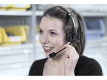 Ved Pick-by-Voice bliver lagermedarbejderen udstyret med et headset, som fortæller vedkommende hvad der skal plukkes og hvor. Dette kan reducere fejlraten og effektivisere plukningen