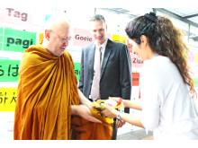 Ajahm Brahm arrives at NIST International School